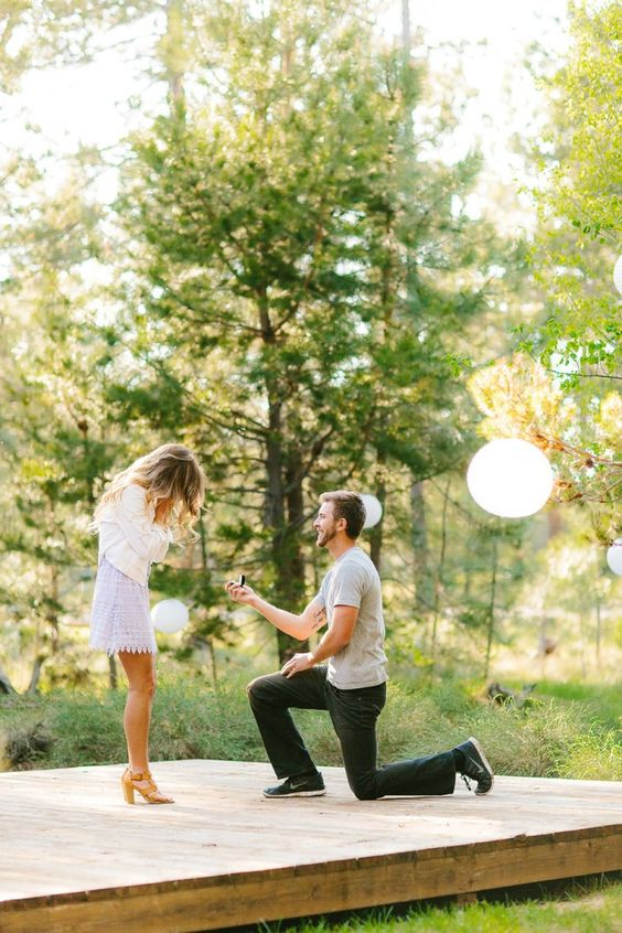 15 Surprise Engagement Photos