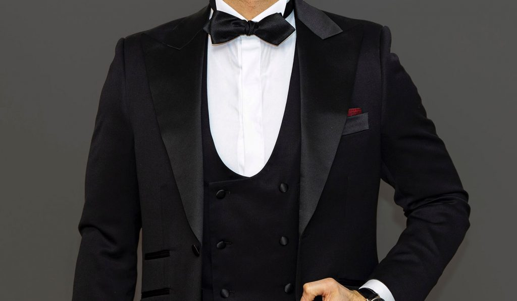 How Much Does a Wedding Tuxedo Cost?